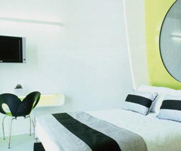 Hôtel DuoMo. RIMINI. Ron Arad. 2006