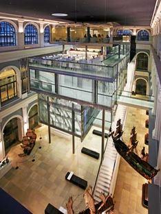 Haus im Haus - Behnisch Architekten. Hambourg, 2007