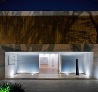 Maison Panamà : ouverte et fermée sur la ville