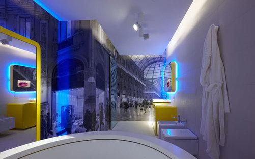 La salle de bains de la suite double où les revêtements de sol et muraux ont subi le traitement ACTIVE Clean Air