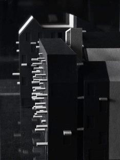 Maquette, parties foncées nouvellement construites