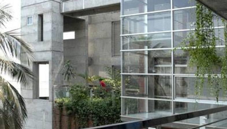 Shatotto : maison Meghna au Bangladesh