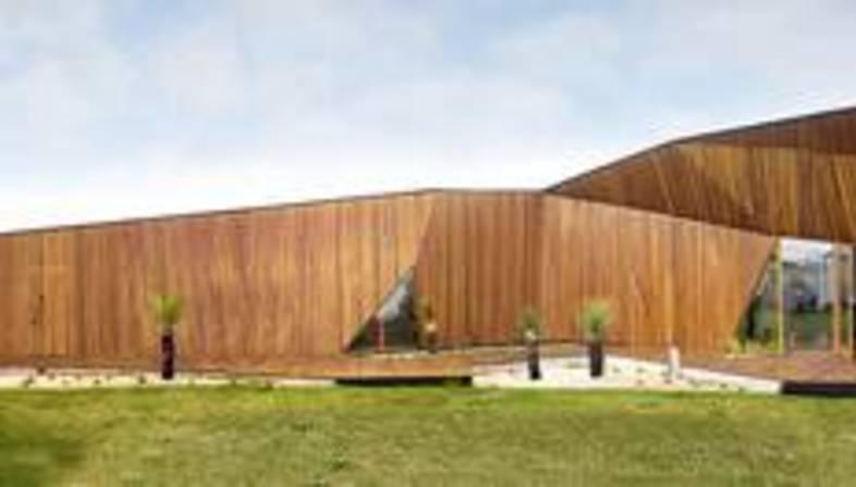 McBride Charles Ryan : Letterbox house