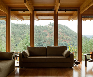 Une maison en bois dans la réserve de Gerês
