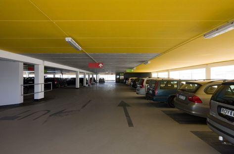 Erika car park dans la zone portuaire de Malmö