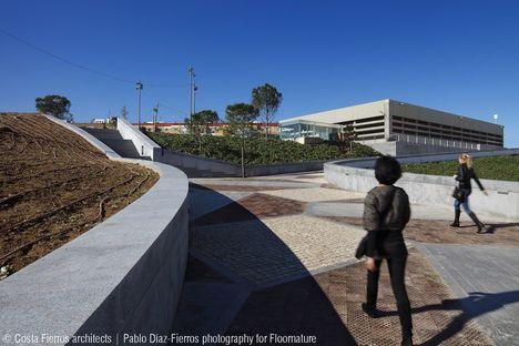 Costa-Fierros : Parc de la musique à Séville