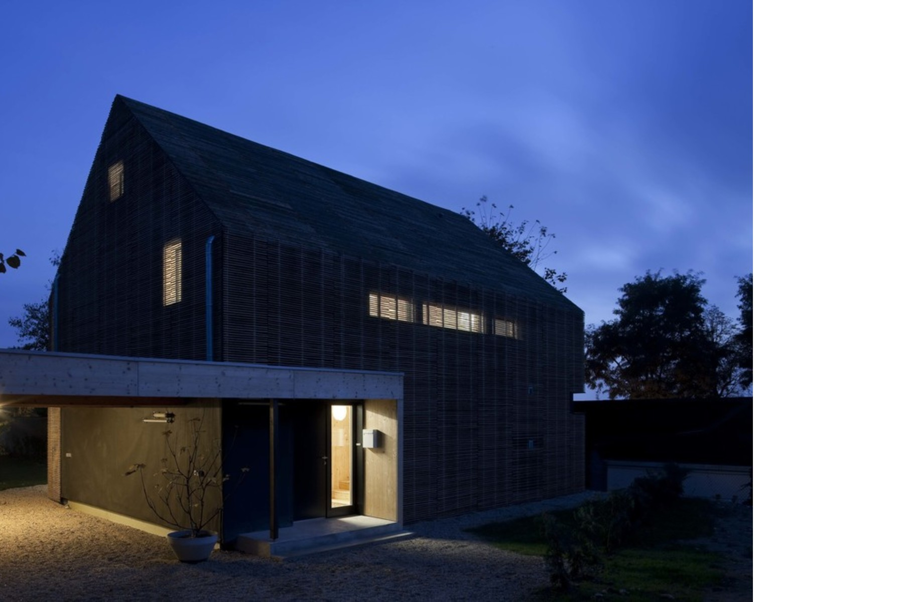 karawitz maison passive en france floornature. Black Bedroom Furniture Sets. Home Design Ideas