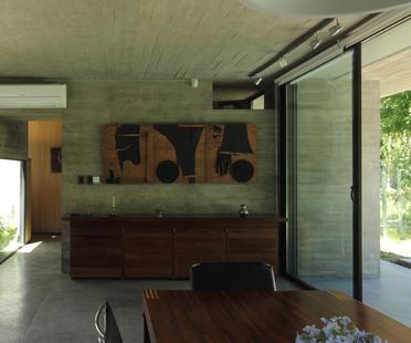BAK : Maison pour architectes à Ituzaingó
