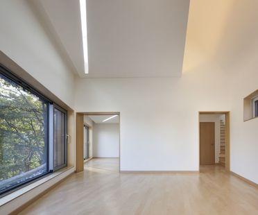 Joho Architecture: maison avec toit cintré en Corée