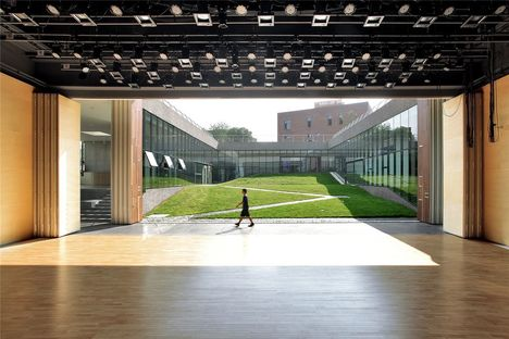 Open Architecture : centre des jeunes et de la culture Geuha