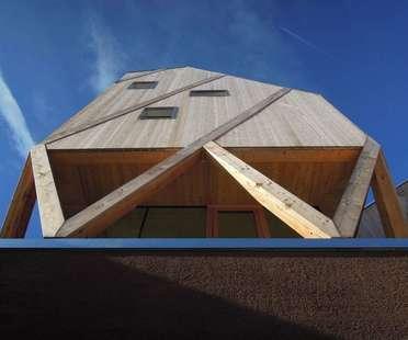 MoDus Architects : maison et atelier d'artiste à Castelrotto