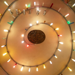 Le design et la culture pop des discothèques en Italie