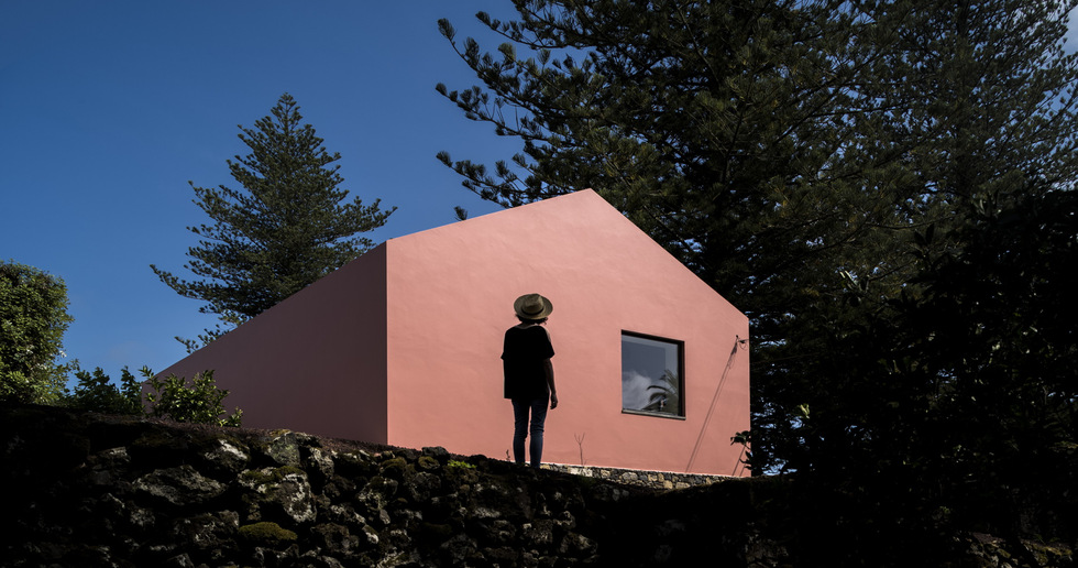 Pink House, a conversion by Mezzo Atelier