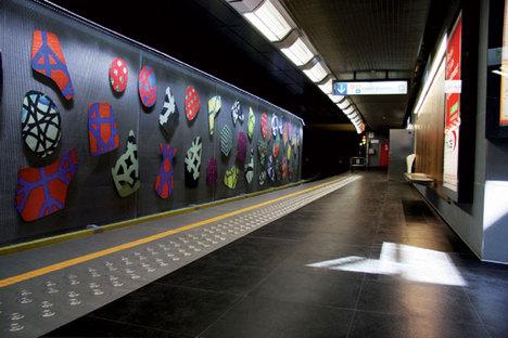 Revêtements de mur et de sol pour les grands espaces de passage ou de stationnement