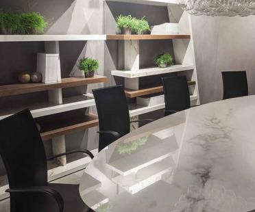 FMG Maxfine furniture: la grande polyvalence du grès