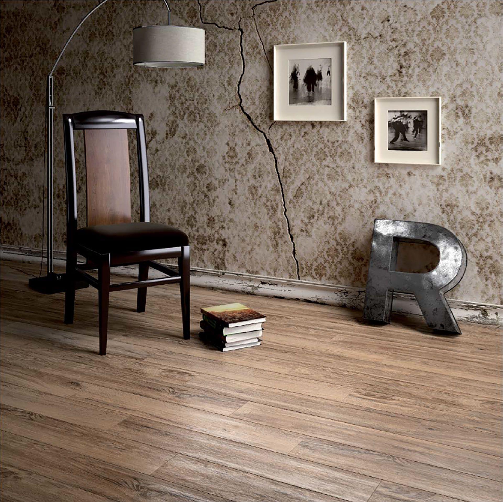 Revêtements de sol effet bois Porcelaingres pour une maison au style chaleureux et accueillant
