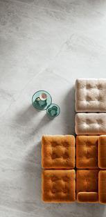 Les nouveaux marbres Maximum pour des espaces polyvalents et des compléments d'ameublement sur mesure