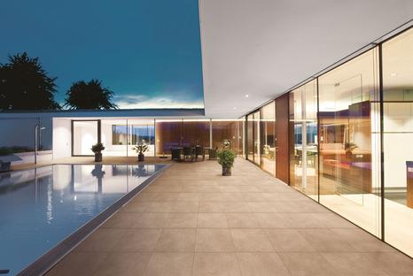 Beauté et performance pour les espaces publics et privés grâce aux surfaces en céramique technique FMG pour le plein air