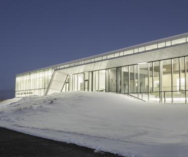 Terrain de football couvert et chauffé à Québec (Canada)
