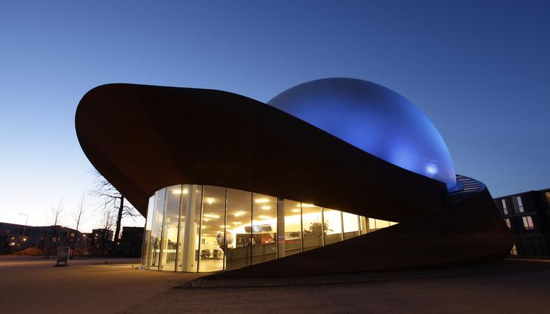 L'Infoversum de Groningue : une salle 3D toute en acier