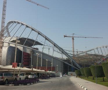 Ristrutturazione del Khalifa Stadium per i mondiali di Calcio FIFA 2022 a Doha