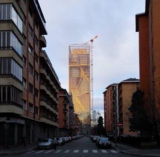 Mur-rideau en aluminium pour la façade de la tour Fuksas à Turin