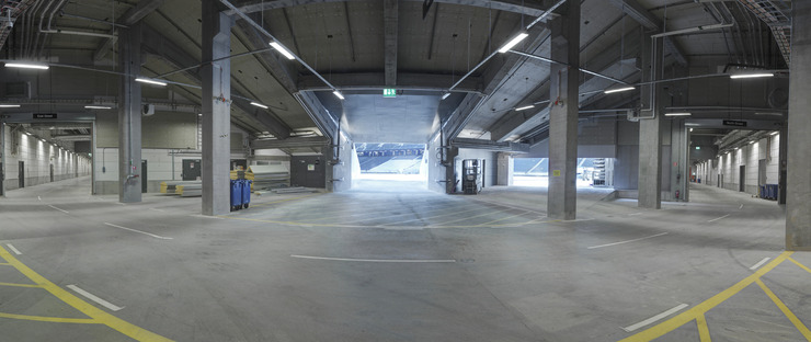 Façade microperforée pour le stade technologique Friends Arena de Berg, C. F. Møller et Krook & Tjade