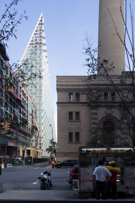 Le Courtscrapere W57 de Manhattan par BIG Bjarke Ingels Group