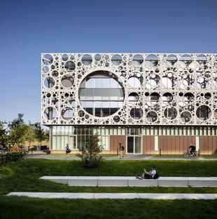 Du CRC pour la façade de la faculté technique SDU de C.F. Moller & MOE