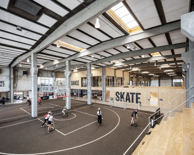Effekt Architects rénove un hangar afin de l'adapter aux sports de rue