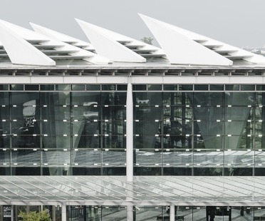 La gare de TGV à piliers creux de Changhua signée Kris Yao | ARTECH