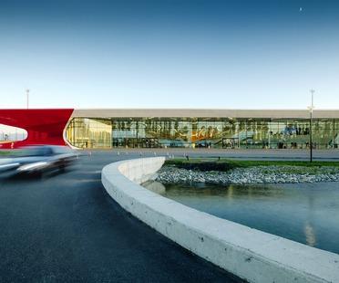Aluminium, acier, verre et bois pour le Kutaisi airport de UNSTUDIO