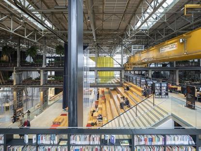 L'intérieur de la bibliothèque mécanique locHal de Mecanoo