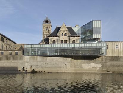 RDHA choisit le verre et l'acier pour la restructuration de la « bibliothèque sans livres »