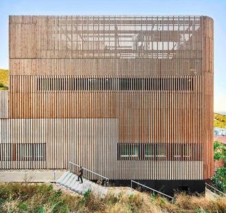 Centre biomédical à haute efficacité énergétique à Badalone
