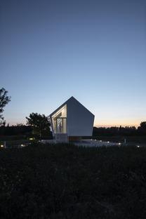 Une maison en bois, en acier et en polyoléfine
