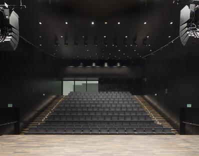 Une Philharmonie en verre et en aluminium signée Barozzi Veiga